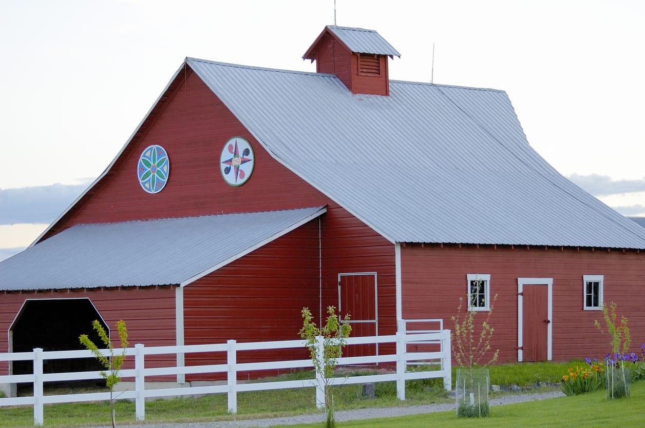 Red Barn Metal Roof | Piedmont Roofing