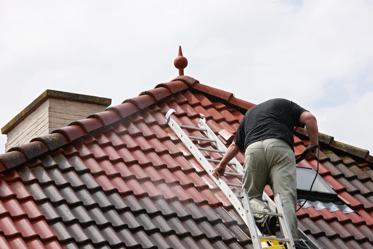 Tips for Metal Roof Cleaning   Piedmont Roofing
