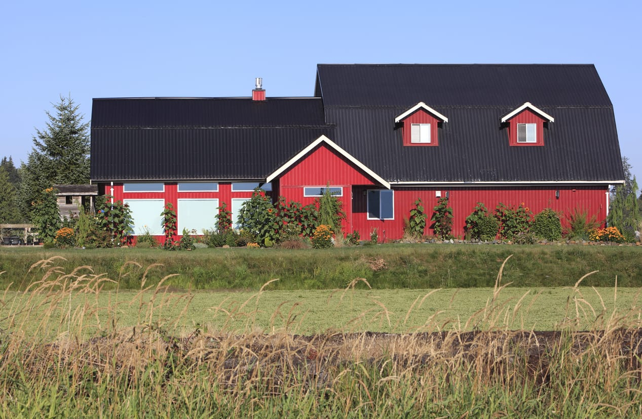 Upgrading Your Barn Roof With Metal | Piedmont Roofing